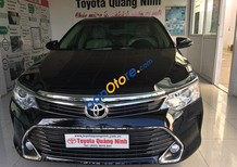 Bán Toyota Camry đời 2017, màu đen