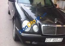 Cần bán gấp Mercedes E230 đời 1997, màu đen, nhập khẩu nguyên chiếc số sàn, giá tốt