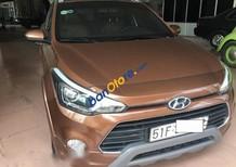 Cần bán xe Hyundai i20 Active đời 2015