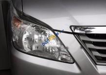 Bán Toyota Innova 2.0E năm 2013, màu bạc số sàn, giá 680tr