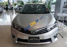 Cần bán xe Toyota Corolla Altis 2.0V AT đời 2017, màu bạc