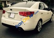 Cần bán xe Kia Forte năm 2013, màu trắng