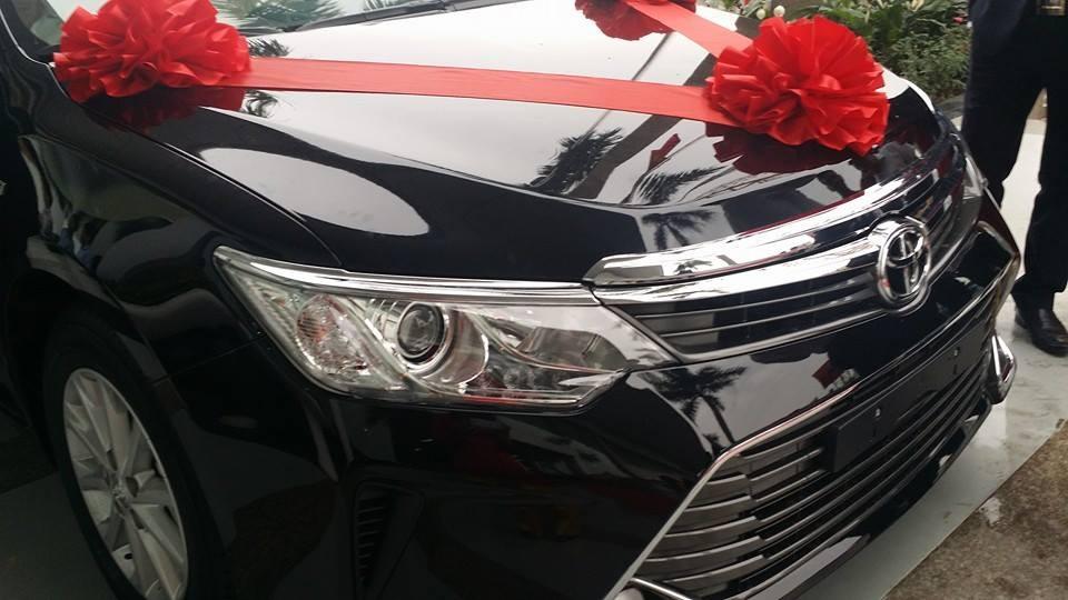 Bán ô tô Toyota Camry 2.5Q đời 2015, màu đen