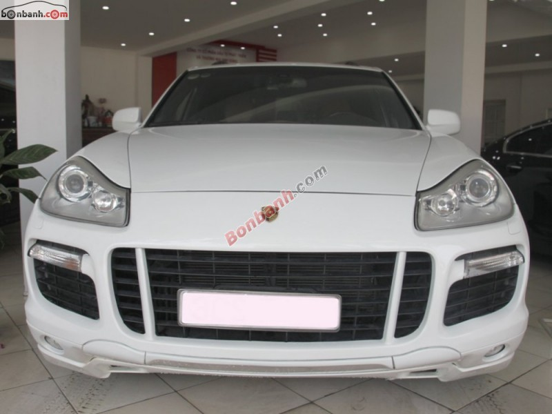 Cần bán lại xe Porsche Cayenne đời 2008, màu trắng, nhập khẩu