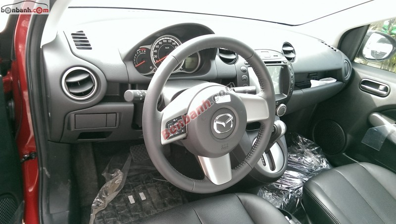 Cần bán Mazda 2 S AT 2015, màu đỏ