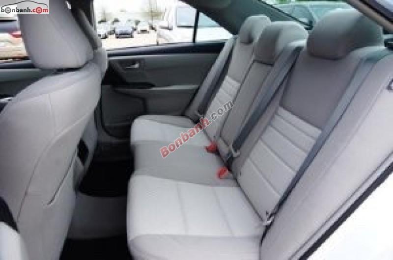 Bán Toyota Camry LE sản xuất 2015, màu trắng, nhập khẩu nguyên chiếc