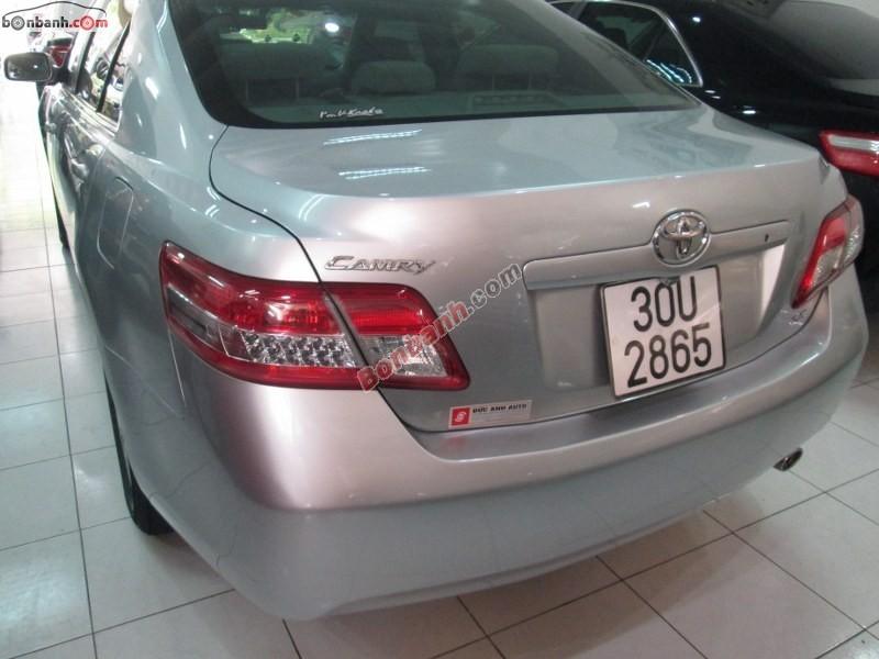 Xe Toyota Camry LE 2.5 đời 2009, màu xám, nhập khẩu chính hãng