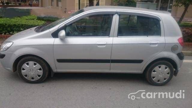 Cần bán lại xe Hyundai Getz đời 2008, màu bạc đã đi 70000 km
