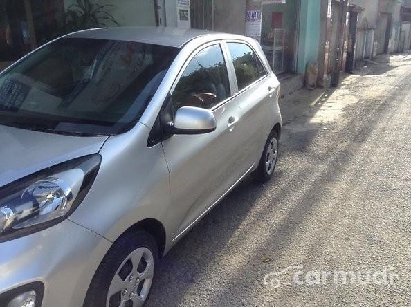 Cần bán lại xe Kia Morning 2014, màu bạc chính chủ