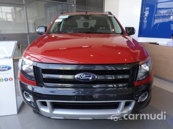 Xe Ford Ranger Wildtrak 3.2 4x4 2014 mới màu đỏ đang được bán với giá 838 tr