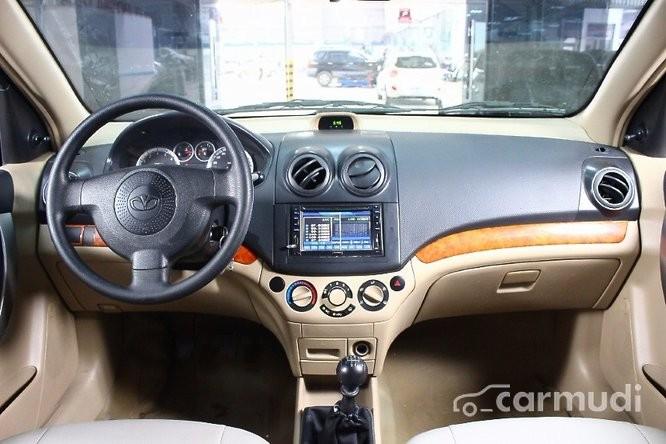 Bán Daewoo Gentra đời 2011, màu đen số sàn, 314 triệu