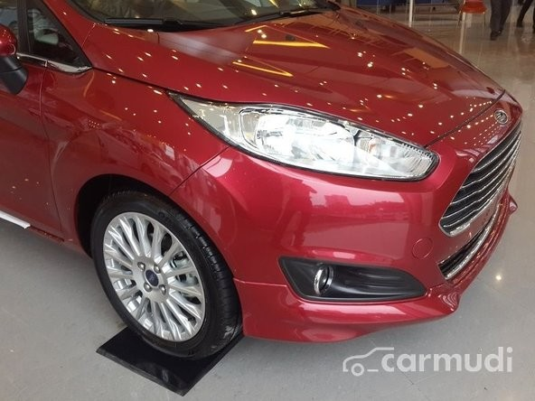 Bán xe Ford Fiesta S Ecoboost đời 2015, màu đỏ, giá chỉ 615 triệu