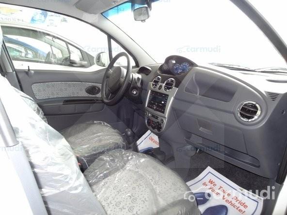 Cần bán Chevrolet Spark Van Lite 2015, màu trắng