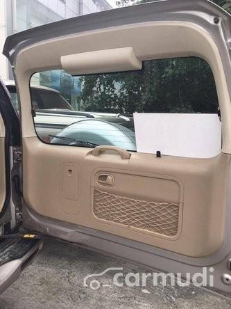 Cần bán gấp Ford Everest đời 2011, màu vàng xe gia đình, 620tr