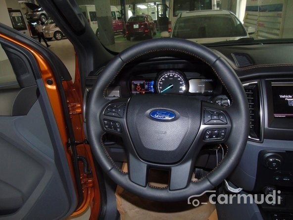 Bán xe Ford Ranger Wildtrak 3.2 4x4AT đời 2015