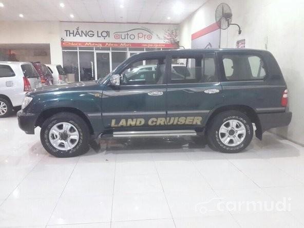 Bán Toyota Land Cruiser MT sản xuất 2003, nhập khẩu nguyên chiếc đã đi 100000 km
