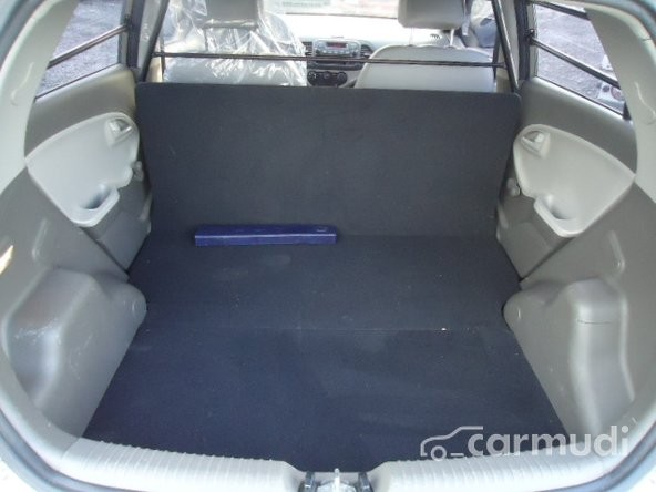 Bán xe Kia Morning Van đời 2011, màu xám số tự động