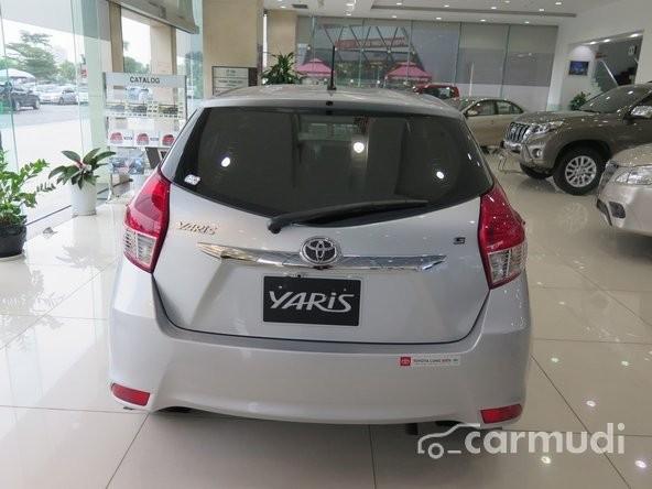 Bán ô tô Toyota Yaris G AT đời 2015, màu trắng, nhập khẩu chính hãng