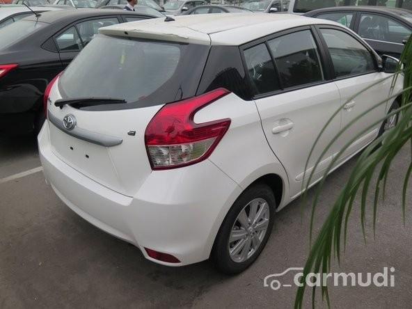Bán xe Toyota Yaris E AT sản xuất 2015, màu trắng, 658 triệu