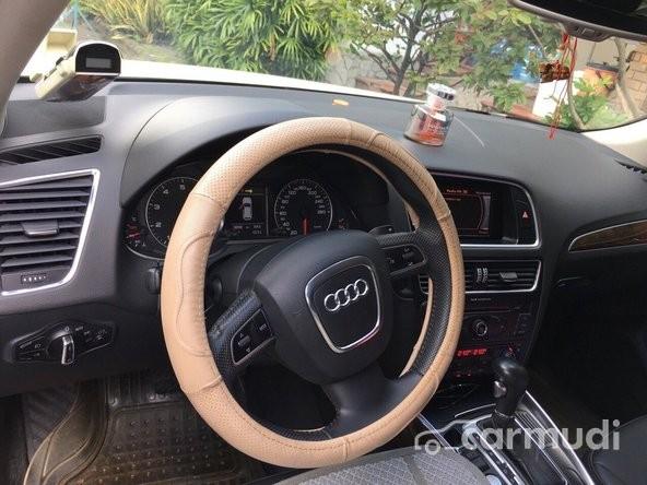 Cần bán Audi Q5 đời 2012, màu trắng số tự động
