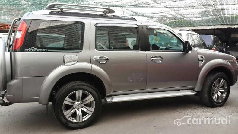 Cần bán xe Ford Everest đời 2012, giá bán 675 triệu