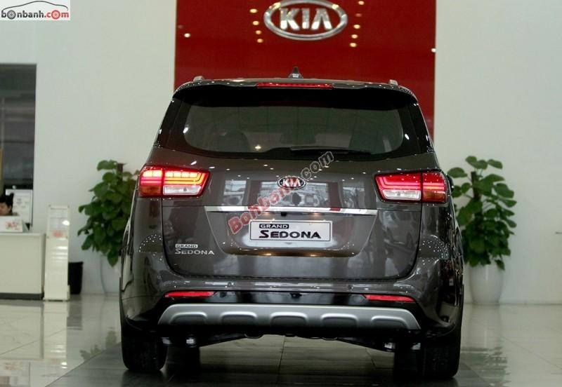 Kia Vũng Tàu bán xe Kia Sedona 3.3 GAT đời 2015, xe nhập