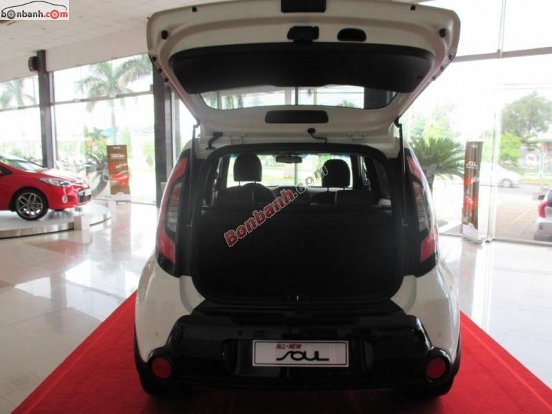 Bán xe Kia Soul 2.0L sản xuất 2015, màu trắng, xe nhập