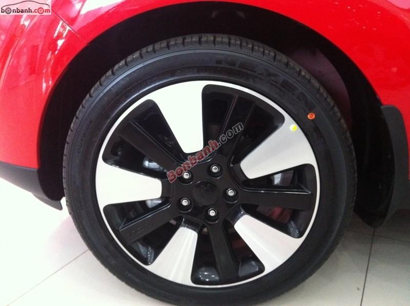 Cần bán Kia Soul đời 2015, màu đỏ, nhập khẩu chính hãng, nhanh tay liên hệ