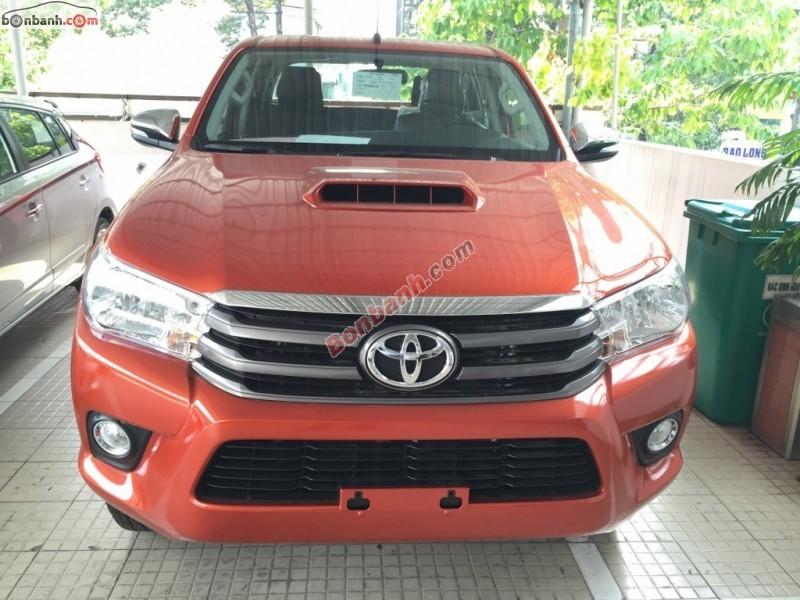 Bán Toyota Hilux 2.5E đời 2015, màu cam, nhập khẩu chính hãng