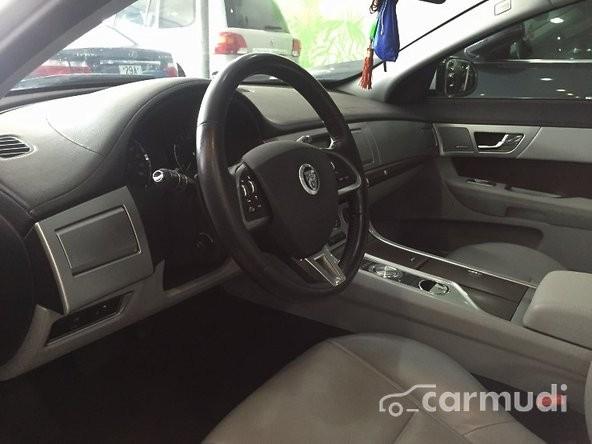 Cần bán xe Jaguar XF 2.0T 2013 đăng ký lần đầu T8/2014