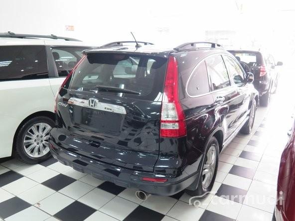 Xe Honda CR-V 2 2010 cũ màu đen đang được bán