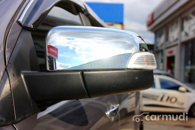 Cần bán lại xe Mazda BT 50 2.2 AT đời 2014, màu bạc, đã đi 16000 km