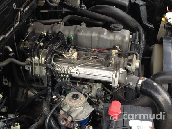 Cần bán gấp xe Ford Everest đời 2009, màu đen
