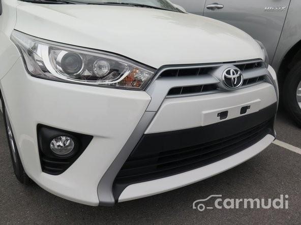 Cần bán xe Toyota Yaris G AT 2015, màu trắng, giá chỉ 710 triệu