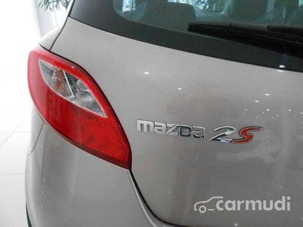 Mazda Long Biên bán Mazda 2 S năm 2015, giá 549 triệu