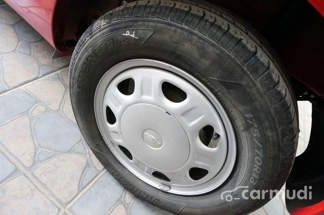 Cần bán xe Chevrolet Spark AT đời 2011, màu đỏ, nhập khẩu, 228 triệu