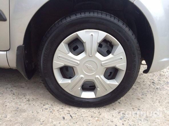 Bán Chevrolet Spark MT đời 2011 đã đi 25000 km, 245tr