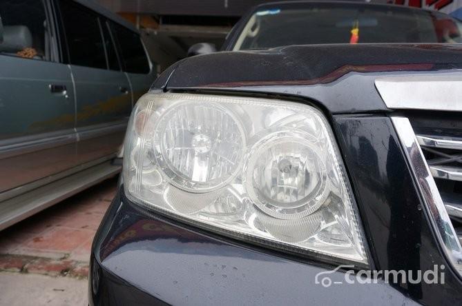 Bán Ford Escape XLS 2.3AT 2005, màu đen, nội thất kem be