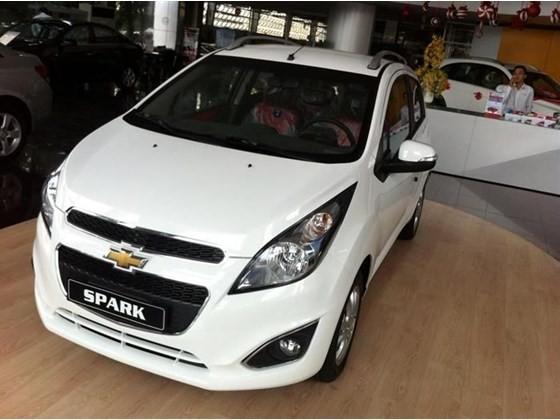 Bán xe Chevrolet Spark Ls niêm yết 339 triệu. HỖ TRỢ TRẢ GÓP KHÔNG CẦN CHỨNG MINH THU NHẬP. GIÁ TỐT LH 0962951192