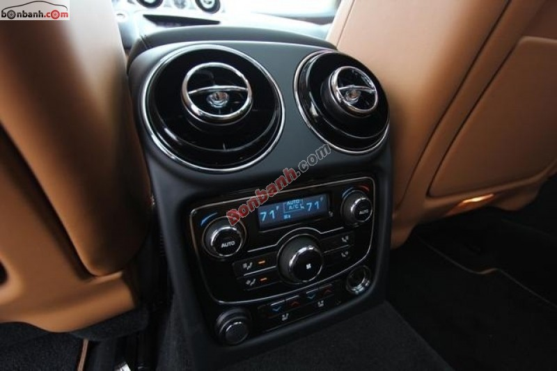 Bán Jaguar XJ Series L sản xuất 2014, màu đen, nhập khẩu chính hãng