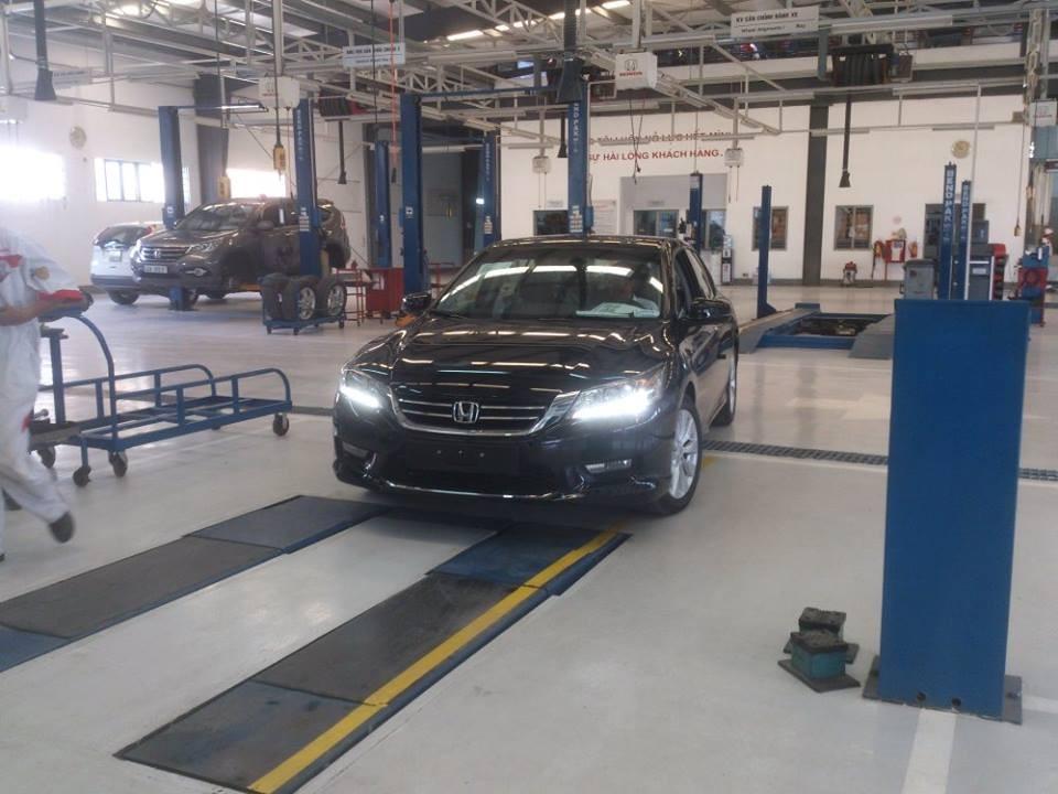 Honda Accord 2015-2016 hoàn toàn mới, giá tốt, màu sắc đẹp, giao xe ngay