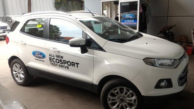Bán ô tô Ford EcoSport đời 2015, màu trắng, nhập khẩu nguyên chiếc