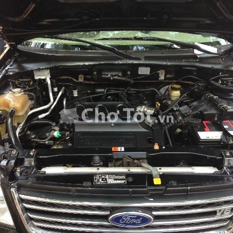 Bán xe Ford Escape đời 2004, xe nhập, số tự động