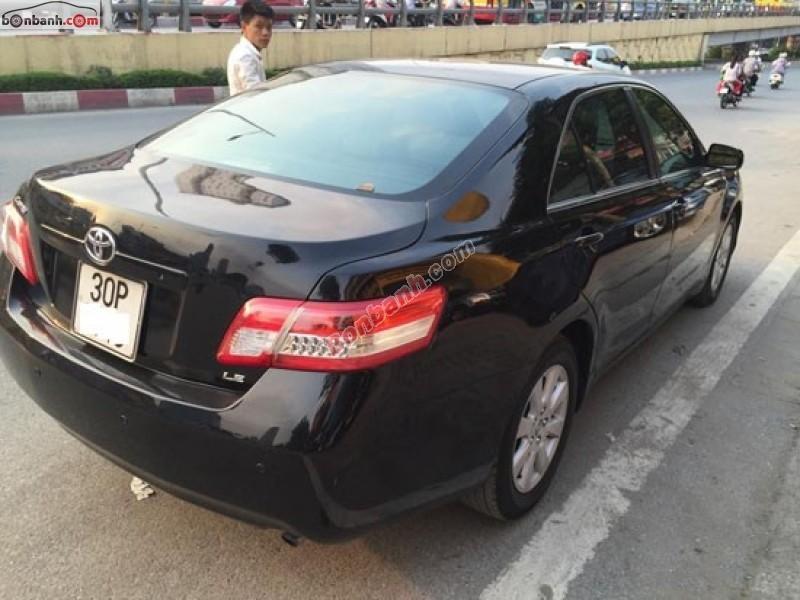 Cần bán lại xe Toyota Camry LE năm 2009, màu đen, xe rất đẹp nguyên bản
