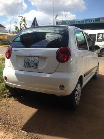 Cần bán lại xe Chevrolet Spark đời 2011, màu trắng, nhập khẩu chính hãng, xe gia đình, giá chỉ 165 triệu