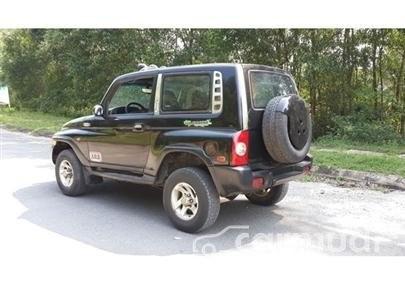 Cần bán gấp Ssangyong Korando MT năm 2003, màu đen đã đi 100000 km