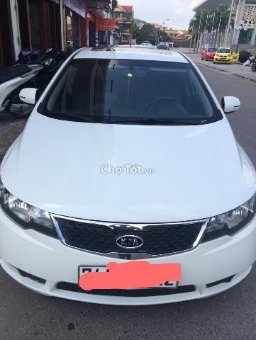 Tôi cần bán chiếc xe Kia Forte SX đời 2012, xe nhập, màu trắng