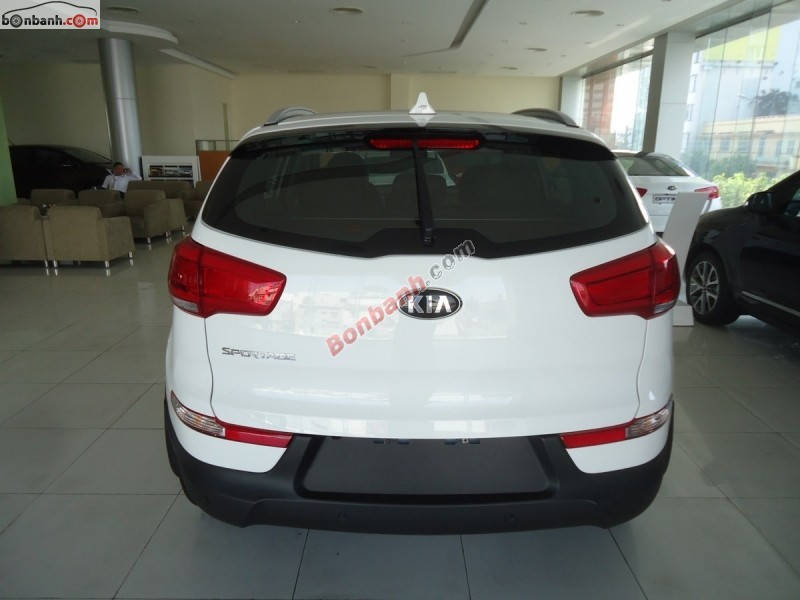 Bán xe Kia Sportage 2.0 AT đời 2015, màu trắng, nhập khẩu nguyên chiếc