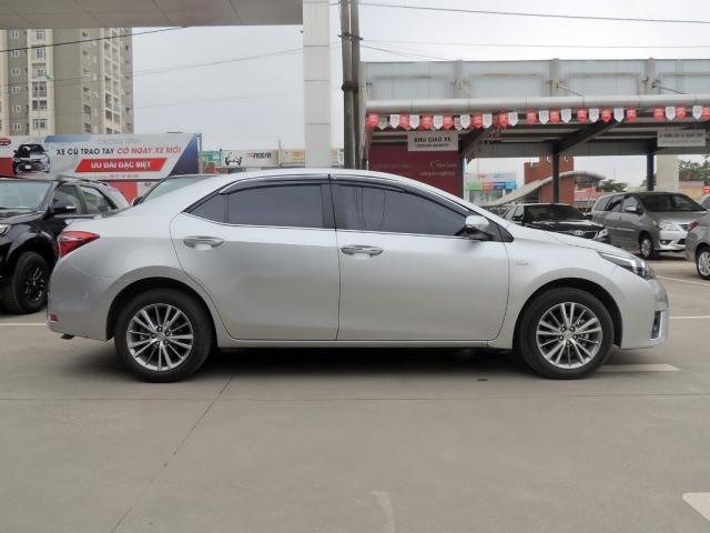 Bán Toyota Corolla Altis đời 2015, màu bạc, nhập khẩu chính hãng, chính chủ