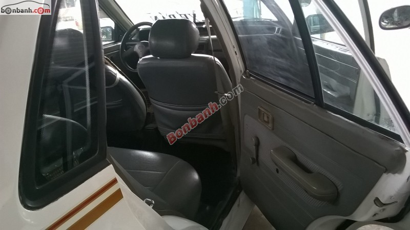 Bán xe Kia Pride sản xuất 2002, màu trắng, nhập khẩu còn mới, 79Tr